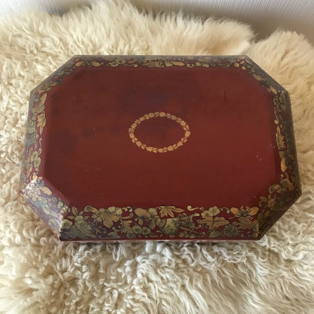 Boite à thé, objet ancien, les Curiosités d'Emilie 5
