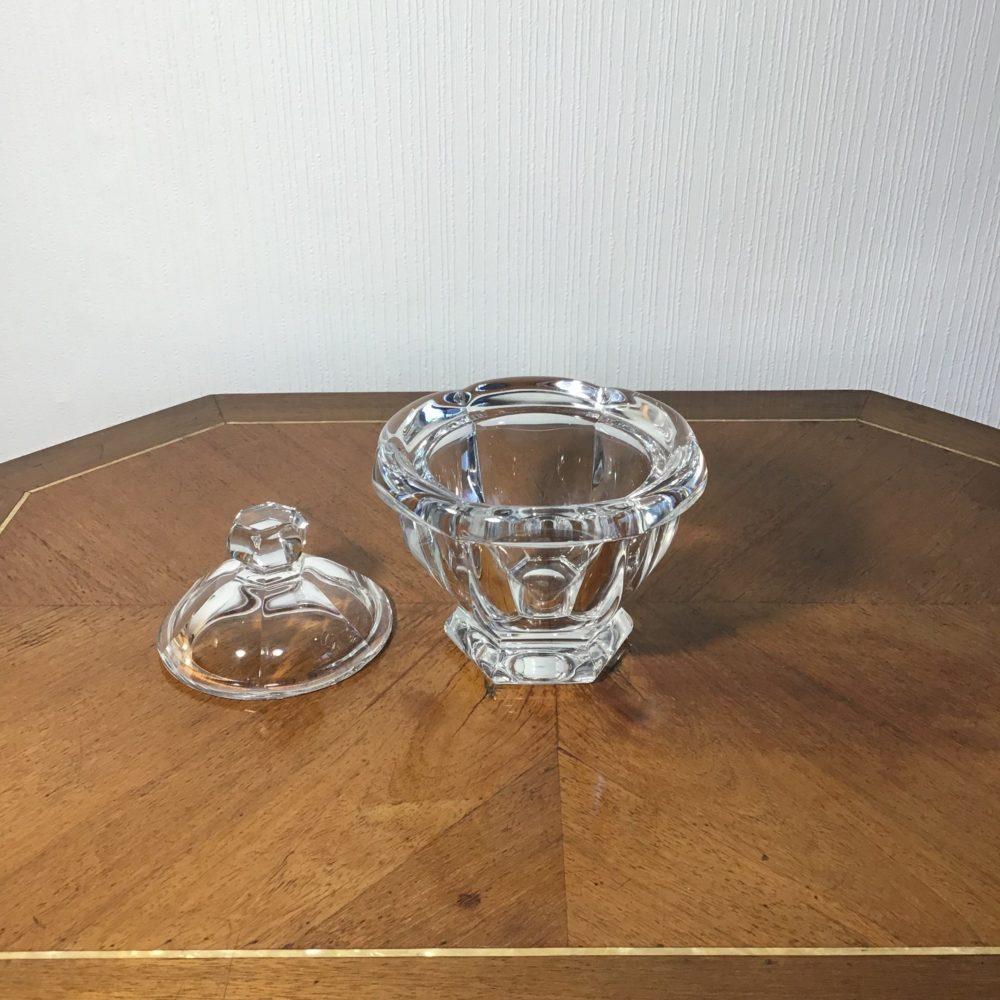Pot ou sucrier en cristal de Baccarat objet de luxe les curiosités d'Emilie 2
