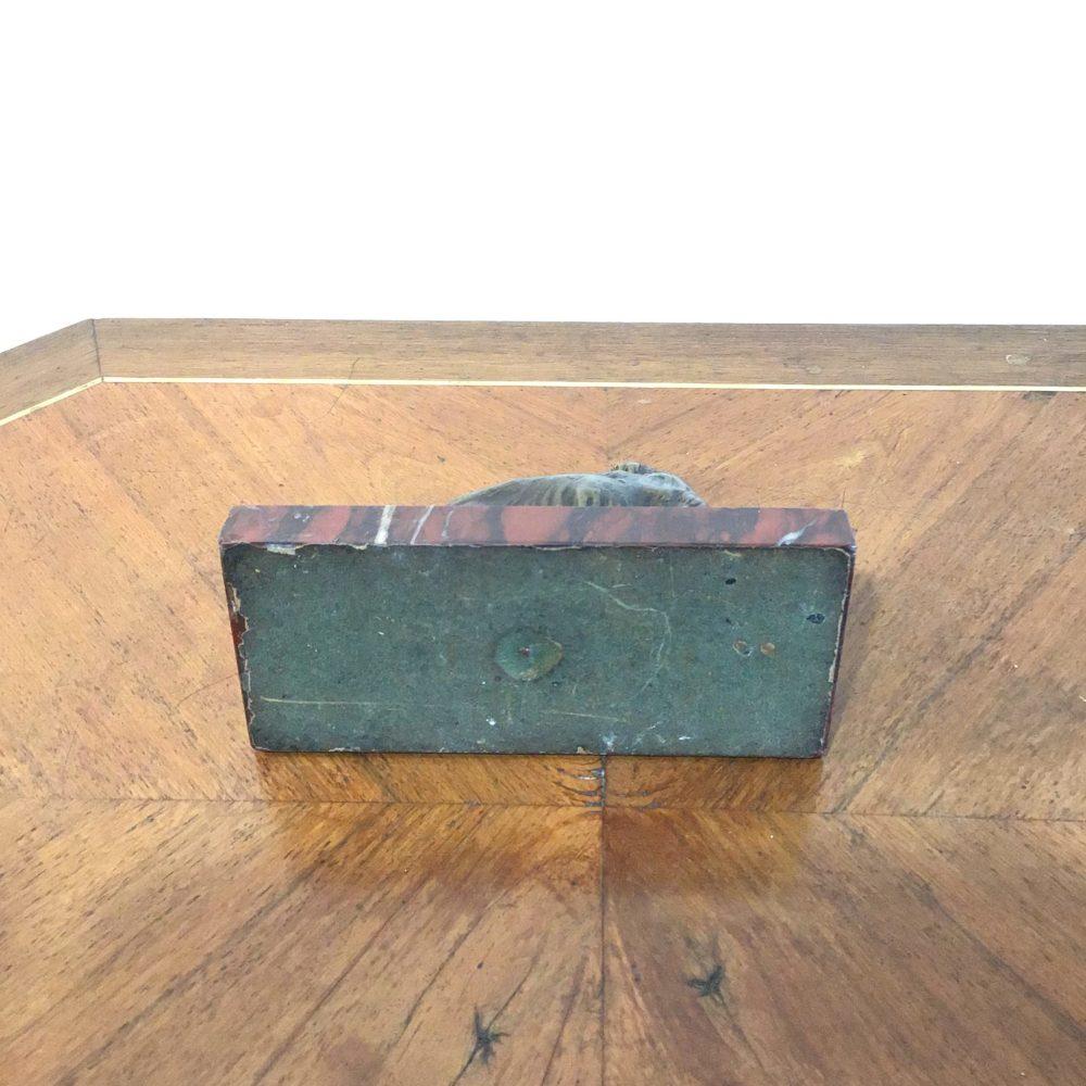 Bronze représentant un chien, sur socle en marbre rouge, non signé, les curiosités d'emilie 4