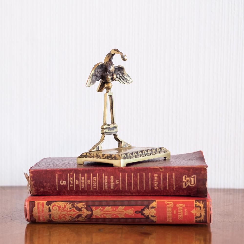 Porte-montre à gousset fin XIXème, en métal doré les curiosites d'emilie