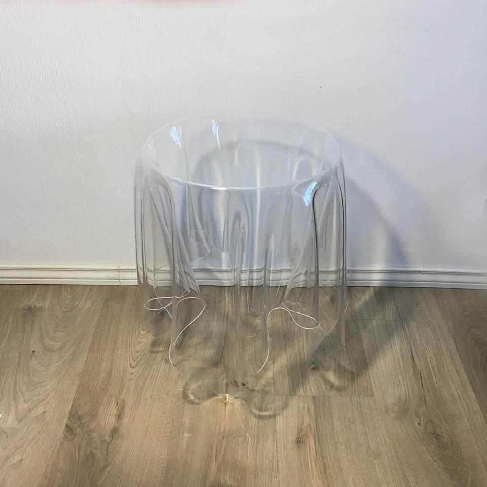 Table d'appoint modèle illusion John BAUER Société ESSEY les curiosités d'Emilie 2