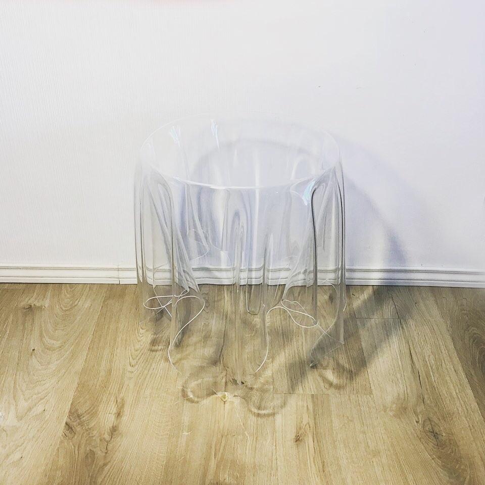 Table d'appoint modèle illusion John BAUER Société ESSEY les curiosités d'Emilie