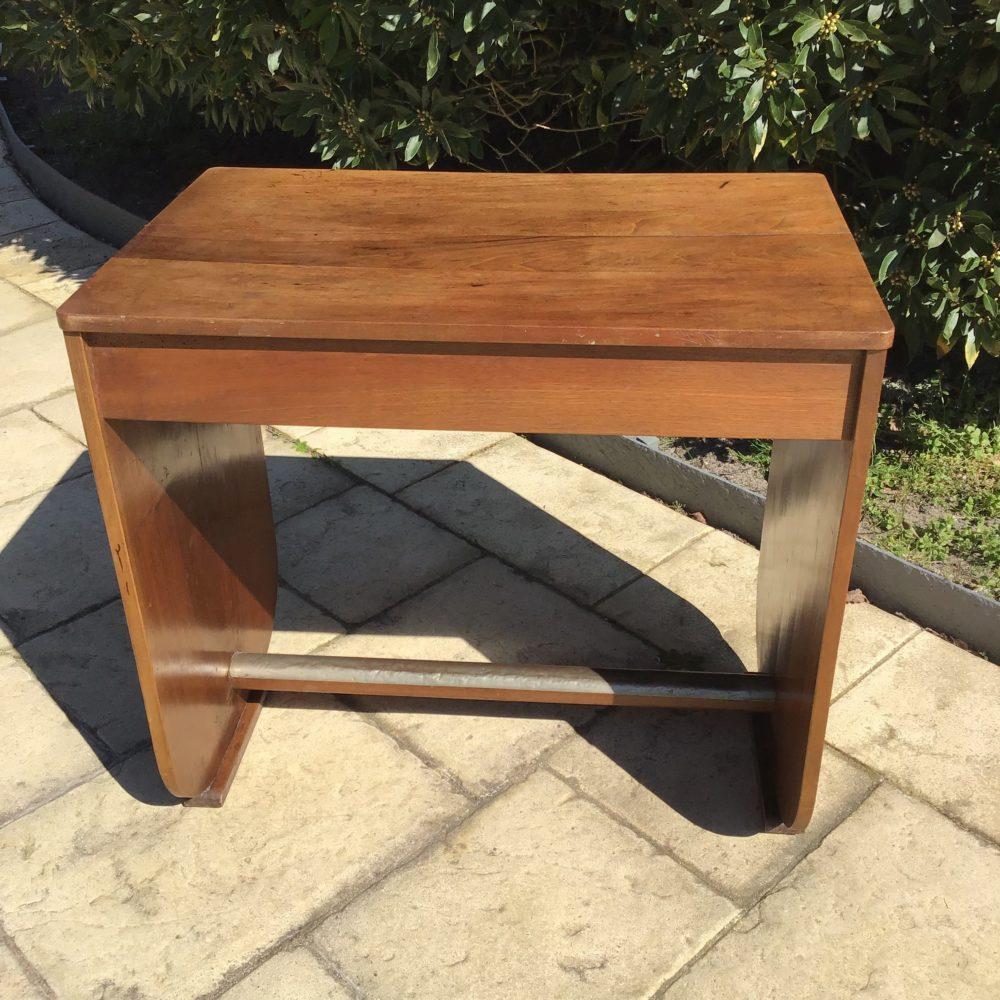 petit Bureau Art Déco - en chêne - ouvrant par un tiroir en ceinture - à retrouver sur le site www.lescuriositesdemilie.fr 3