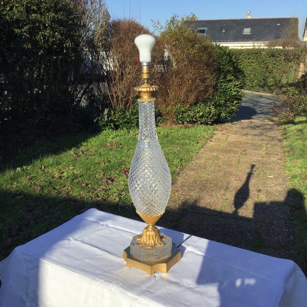 lampe-ancienne-verre-pointe-de-diamant-monture-verre-taillé-années-30-bronze-laiton-les-curiosites-d-emilie