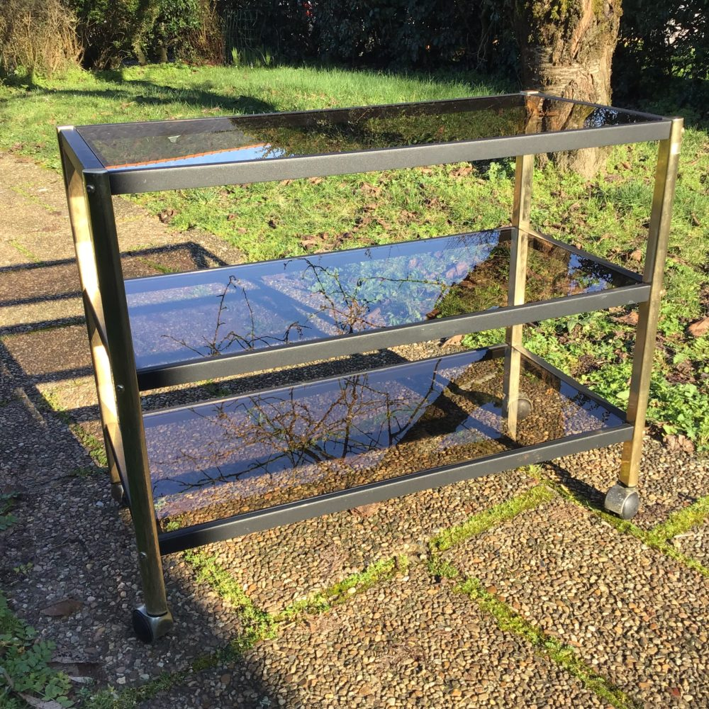 meuble-erard-structure-en-metal-dore-et-noir-verre-trempe-années-80-vintage-etageres-meuble-tv-les-curiosites-d-emilie