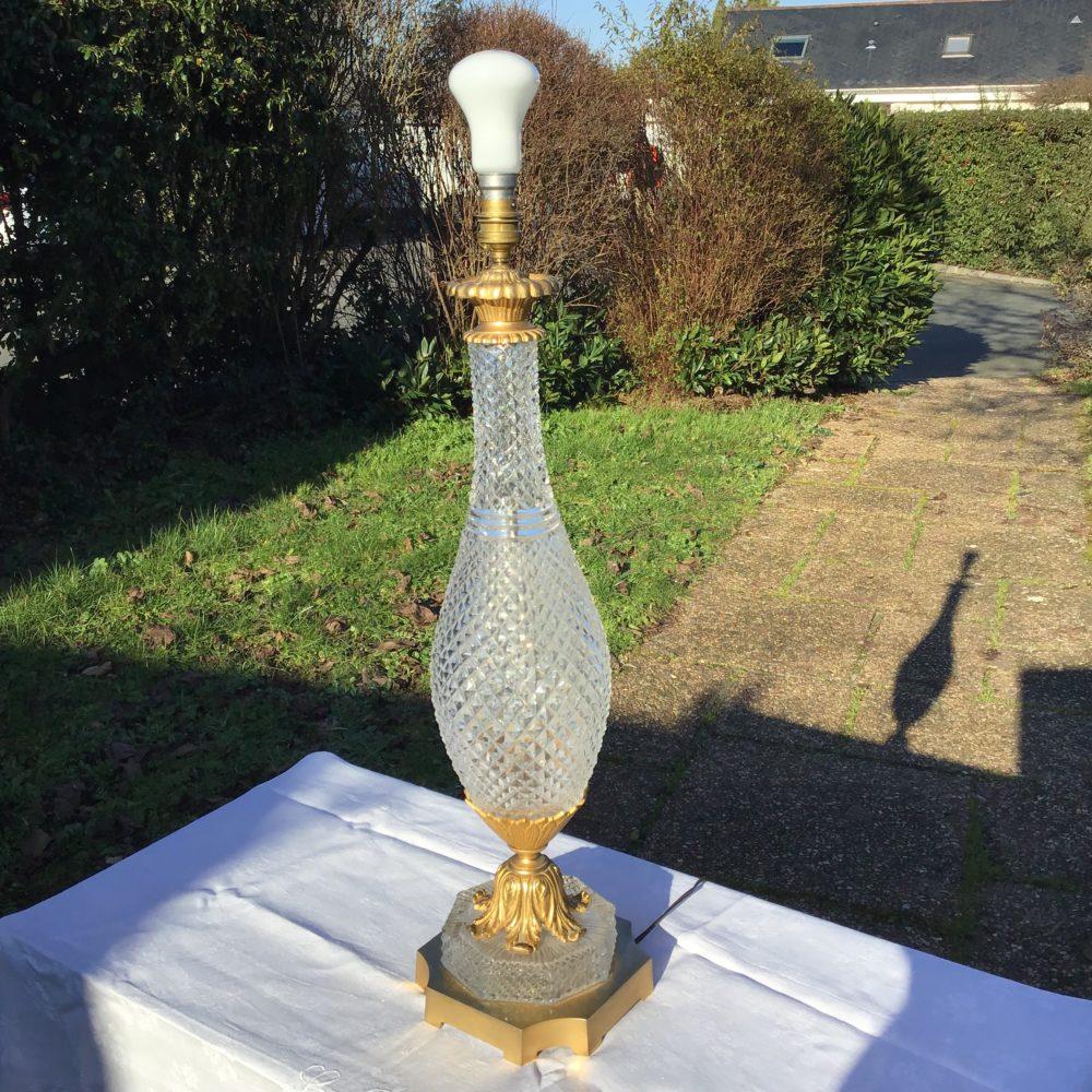 lampe-ancienne-verre-pointe-de-diamant-monture-verre-taillé-années-30-bronze-laiton-les-curiosites-d-emilie-1