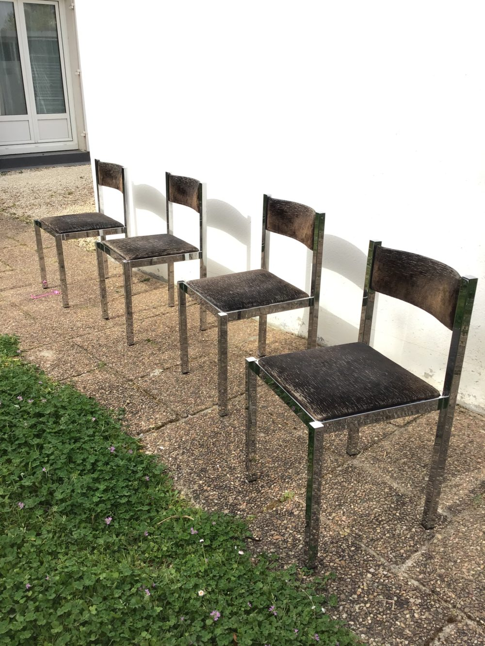 Chaises-italiennes-vintages-annees-70-metal-chrome-les-curiosites-d-emilie-1